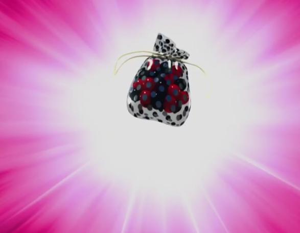 amuleto-encantado-ladybug-juguetería-Bandai-México